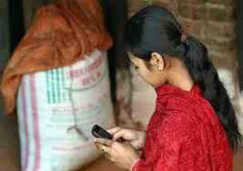 Thakor community bans mobile phones.jpg