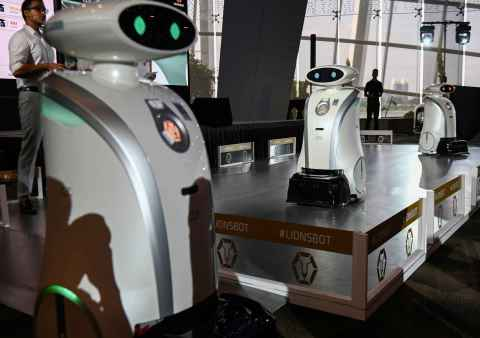 Singapore rolls out singing, rapping cleaning robots.jpg