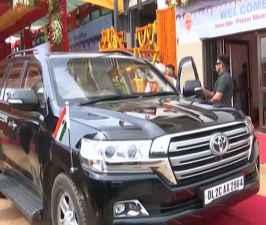 PM & CM violate traffic rule, Fury among the people.jpg