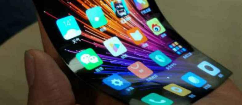 Foldable phone.jpeg