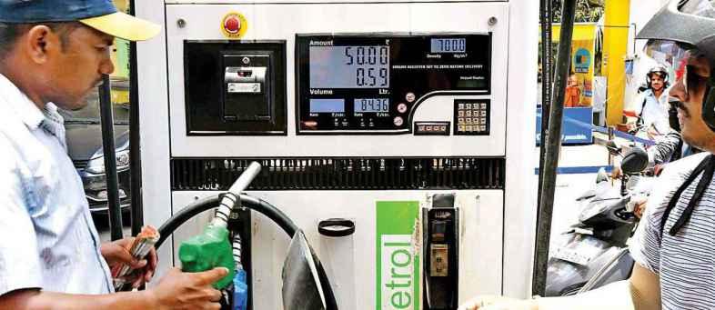 Gujarat Gavt hike VAT on Petrol And Diesel.jpg