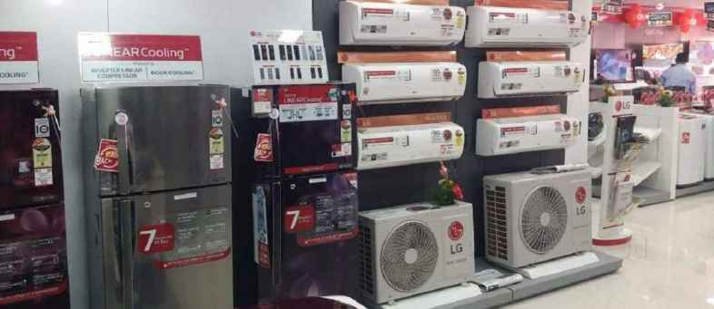 Smartphones, TV, AC, Cars, Bikes will more costlier, Price rising by 8% this festive season.jpg