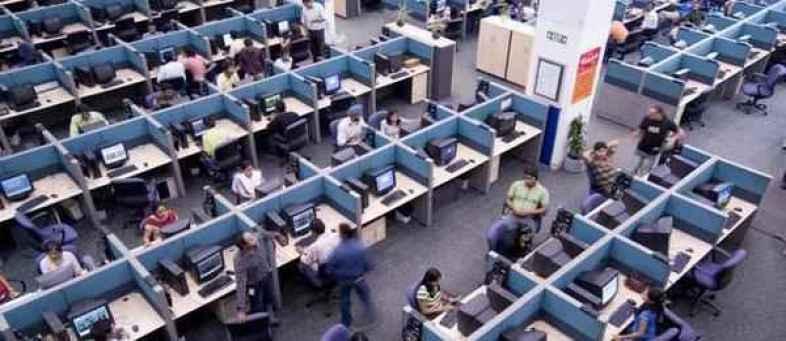 Slowdown ;2 lakh it sector employees lost jobs in last 3 years.jpg