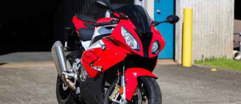BMW S1000RR to be launched in India.jpg