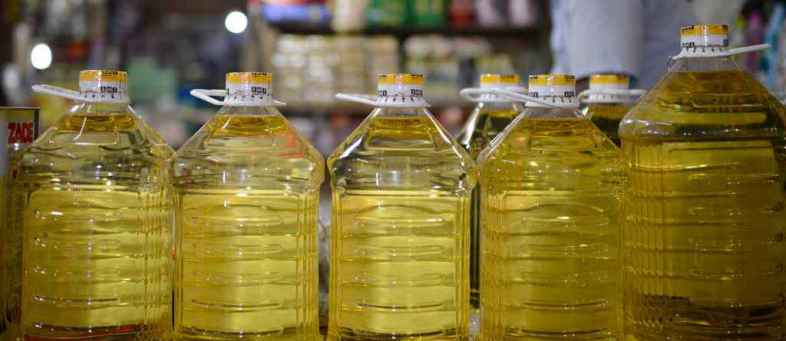 India's Vegetable oil imports down 6% at 11.96 lt in January 2020.jpg