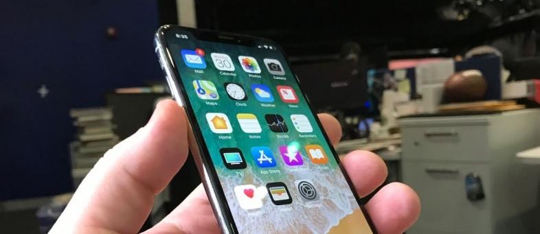 104807569-iphone-x-13.jpg