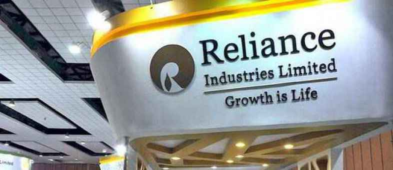 Reliance to digitise 5 million kirana stores by 2023.jpg