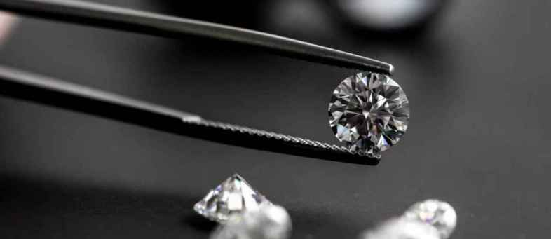 Rough diamond prices fall by 7-8 Percent.jpg