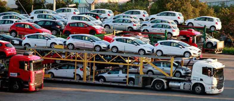 Indian Government may be increase duty on imported cars.jpg