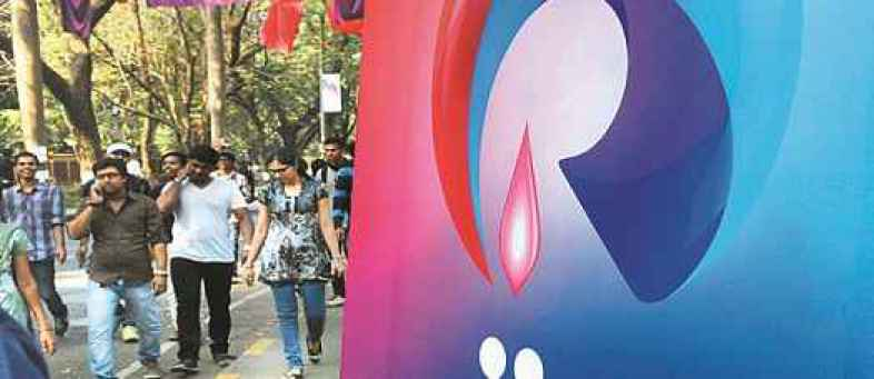Bad news Jio users Co will  charge for call on rival networks.jpg