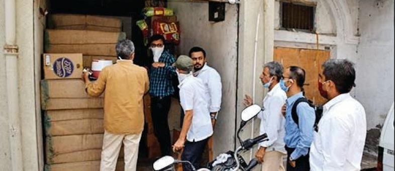 Tobacco Sellers Raided Across Gujarat; Tax Department Caught Rs 1.96 Cr Tax Irregularities  123.PNG