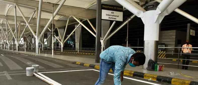 Delhi's IGI Aiport to Handle Around 380 Flights Tomorrow (1).jpg