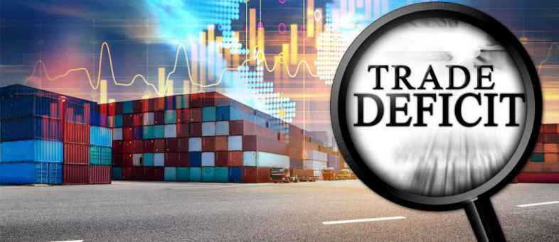 India's Trade Deficit Widens To $15.33 billion in April, At 5 Month High.jpg