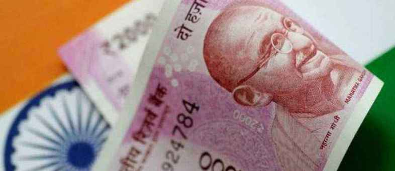Mahatma Gandhi is set to become the first non-white person on British currency.jpg