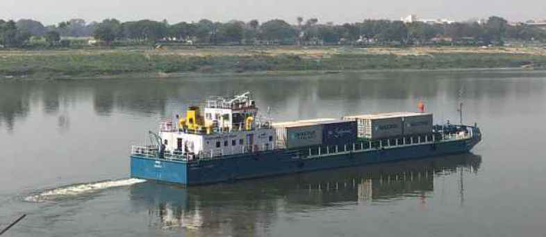 Shipping Ministry waives waterways usage charges to promote Inland water transport.jpg