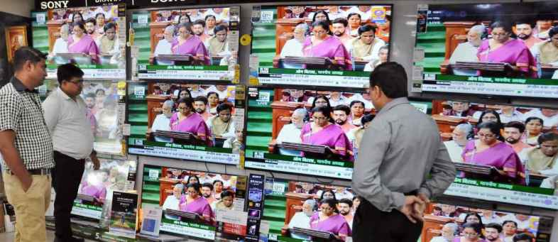 Import Licence Rules Upsets TV Makers' Festive Season Plans.jpg