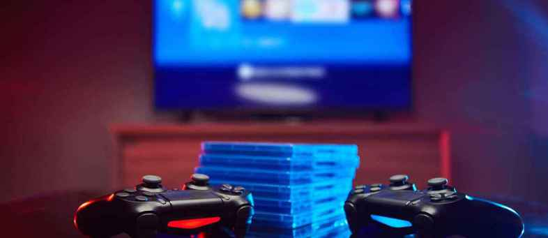 Americans spent record $57 billion on video games during the epidemic.jpg