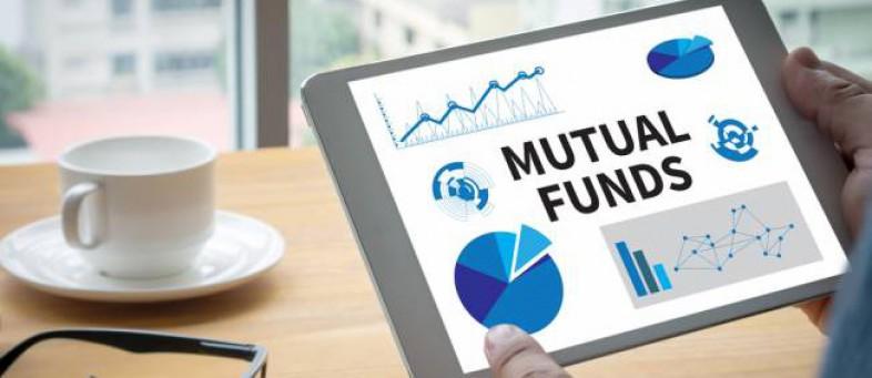 Fund Investors Pull $56 Billion in Biggest Exit Since 2008.jpg