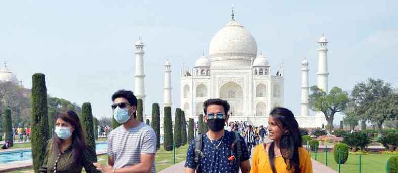 Government plans to provide insurance cover to foreign tourists.jpg