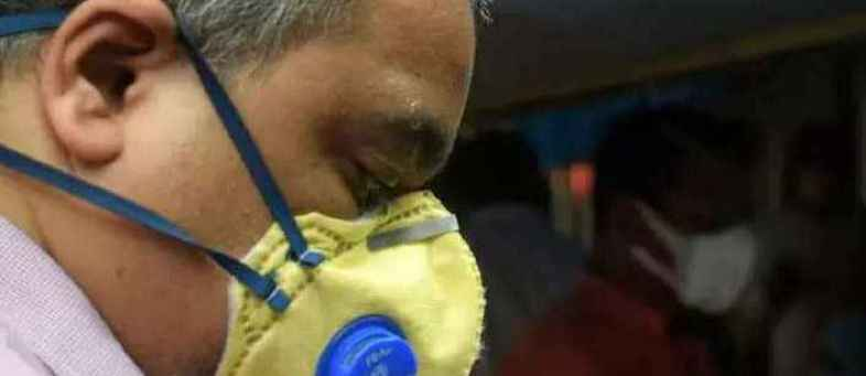 'Even face shield, N-95 mask together can't stop coronavirus'.jpg