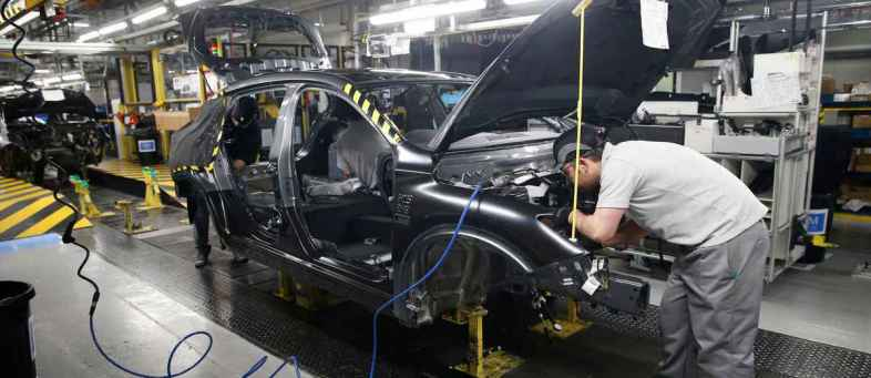 Maruti Suzuki cuts production for 7th straight month in August.jpg