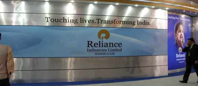 Reliance industries sees biggest trading volume in 13 years & largest turnover.jpg
