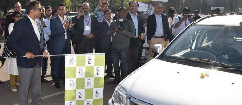 Mahindra launches e-mobility service in Mumbai.jpg