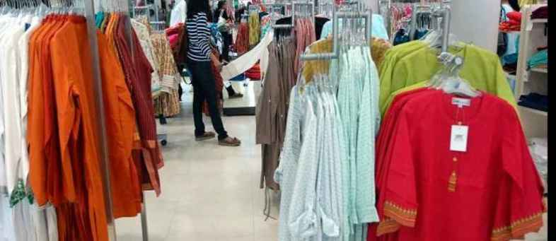 Revenue expected to fall by 25-30% in readymade garment sector.jpg