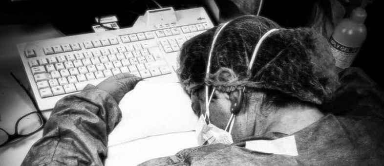 Coronavirus - Italian Nurse Said By Treating The Infected People Photo Viral.jpg