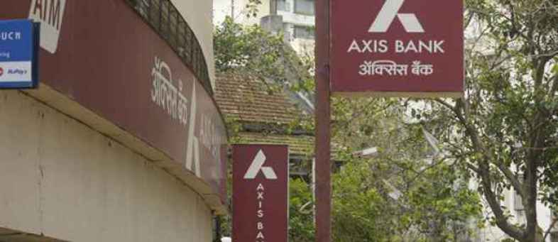 Axis Bank plans to raise Rs 35,000 crore.jpg