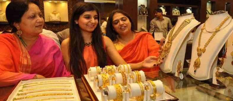 Gold will become more Costlier as Corona crisis, Price reached high of Rs 56,000 last year.jpg