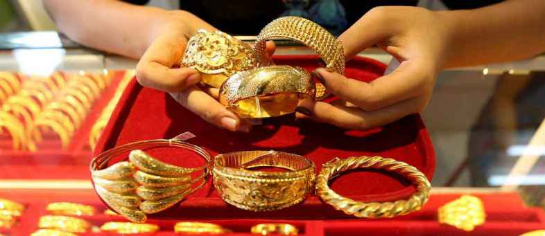 Gold Improve by retail buying at lower prices, Silver crosses 69,000.jpg