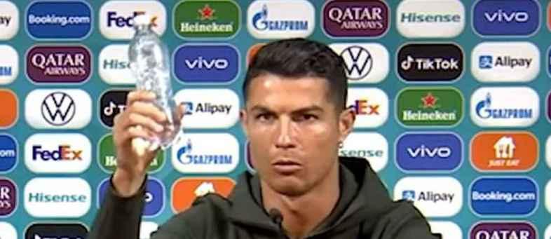 Coca-Cola Ronaldo has given Coca-Cola such a soft blow.jpg