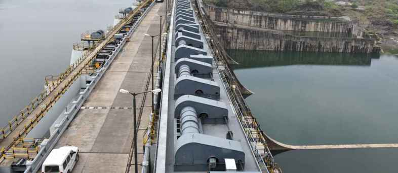 Narmada Dam at 127.46 MT at beginning of monsoon, power generation started.jpg