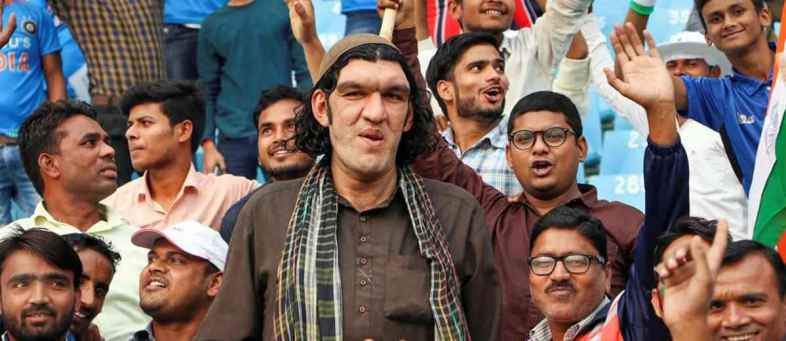 Police help 8 tall Afghani cricket fan to find hotel room in Lucknow.jpg