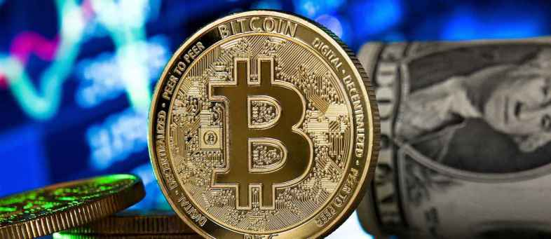 Donald Trump calls Bitcoin a scam and wants dollar to be the world currency -.jpg