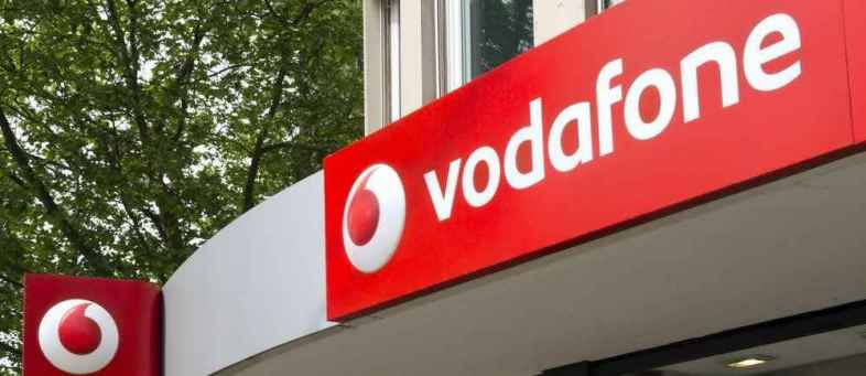 Reliance Jio's 2G-free India drive likely to hit Vodafone Idea hard.jpg