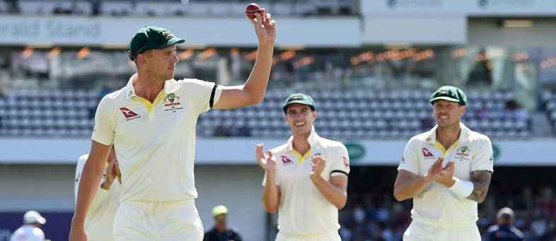 Ashes series 2019 Australia dismiss England for 67 at Headingley.jpg