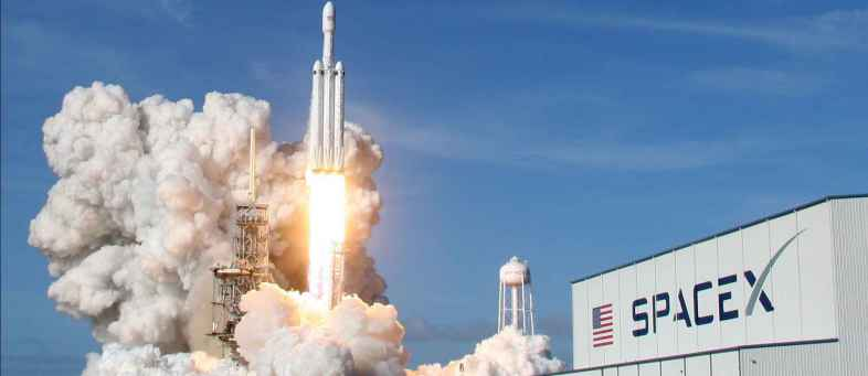SpaceX NASA's plan to send astronauts into space stalled.jpg