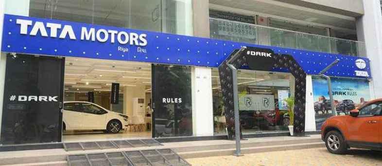 Tata Motors Open New 8 Showrooms in Ahmedabad.JPG