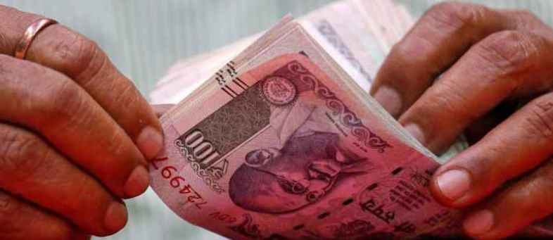 Micro finance industry to cross Rs 1 lakh crore loan portfolio end to September.jpg