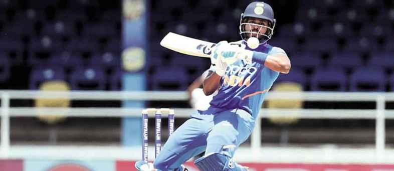 Shreyas Iyer claim for No. 4, Big chance to lose Rishabh Pant.jpg