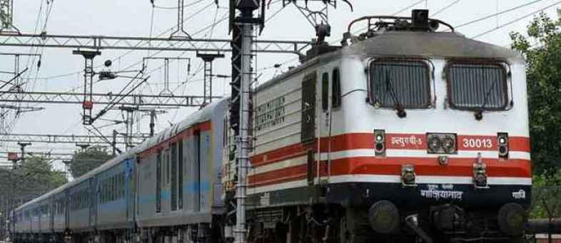 Indian Railways Will Start Operations Of 200 Passenger Train From 1st June.jpg