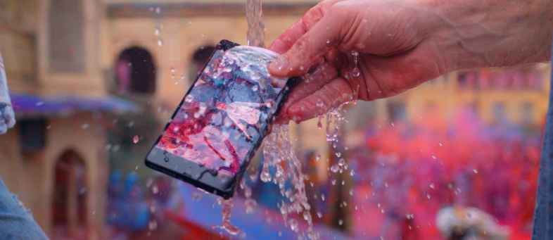 water proof phone.jpg